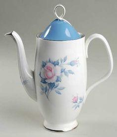 """Sorrento"" china pattern from Royal Albert. Chocolate Pots, Chocolate Coffee, Coffee Set, Coffee Mugs, Creative Coffee, China Tea Sets, Pot Lids, China Patterns, Sorrento"