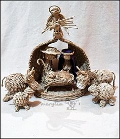Nativity Creche, Christmas Nativity Scene, Nativity Crafts, Xmas Crafts, Nativity Sets, Handmade Crafts, Diy And Crafts, Arts And Crafts, Paper Crafts