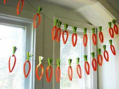 DIY Springtime Garland