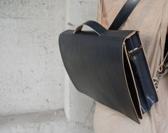 "Handmade 14"" Black Leather Messenger Bag--Veg-tan"