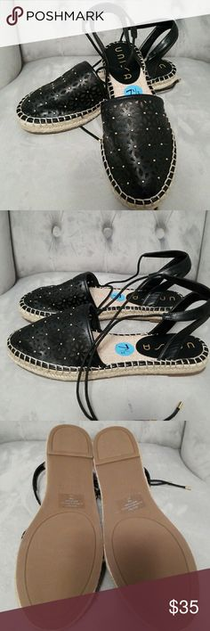 Espadrille Black espadrille .Brand new Unisa Shoes Sandals