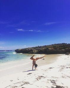 Frolicking on the beach  #rottnestisland #beach #handstand #frolicking #fitness #adventure #funtimes by shenaewilken http://ift.tt/1L5GqLp