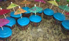 Pool party cupcakes