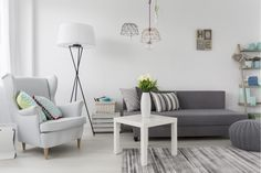 Living Room Decoration for Your Apartment Fundamentals Explained - decorurge Tiny Living Rooms, Small Living, Apartment Living, Living Room Decor, Living Spaces, Apartment Decorating On A Budget, Decorating Your Home, High Pile Rug, Rustic Room