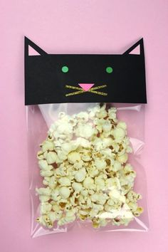 Trendy Birthday Party Food Simple Fun Ideas - The Best Cat Party Ideas Cat Birthday, Birthday Treats, Birthday Party Themes, Birthday Cartoon, Kitty Party, Invitation Fete, Cat Themed Parties, Bonbon Halloween, Childrens Party