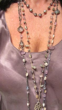 @Debra in pretty purple pastels! Have to pull out my blouse again and wear it.