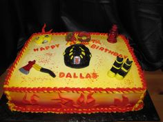 Firefighter Cake Firefighter Birthday Cakes, Christmas Food Gifts, Firefighters, First Birthdays, Birthday Ideas, Cake Decorating, Cooking Recipes, Crafty, Desserts