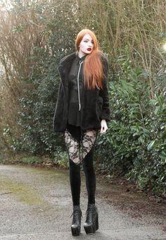 tights with all black outfit