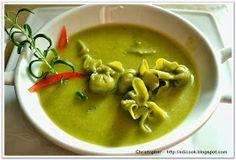 "Kulinarny karnet Christophera: Zupka ""Zielono mi"". Thai Red Curry, Ethnic Recipes, Food, Essen, Meals, Yemek, Eten"