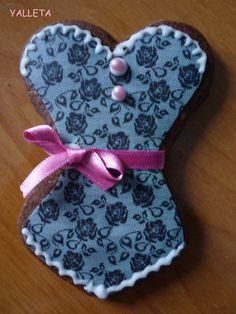 encajes¡¡¡y raso para una galleta de chocolate