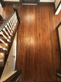 Refinishing original heart pine wood floors in our historic house. Carpet removal, sanding, staining and refinishing breathe life into old floors. #oldhome #historichouse #heartpine