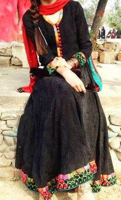 DESI Fashion added a new photo. Pakistani Dresses, Indian Dresses, Indian Outfits, Stylish Girls Photos, Stylish Girl Pic, Stylish Dpz, Desi Clothes, Indian Couture, Indian Attire