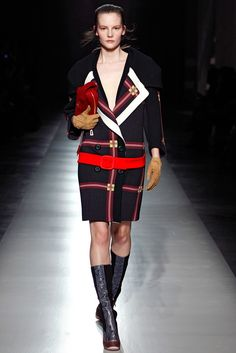 Prada Fall 2011 Ready-to-Wear Fashion Show - Sara Blomqvist