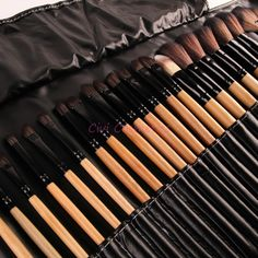 Stock Clearance !!! 32Pcs Print Brand Logo Makeup Brushes Professional Cosmetic Make Up Set Free Shipping Dropshipping-in Makeup Brushes & Tools from Beauty & Health on Aliexpress.com