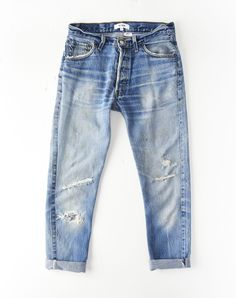For an undone, borrowed-from-the-boys look, cuff the legs of these medium wash jeans. Their relaxed shape is cut from early denim, and hints of stonewashing Denim And Co, Blue Denim, Denim Shirt, Denim Pants, Boyfriend Fit Jeans, Vintage Jeans, Business Outfits, Trends, Denim Fashion