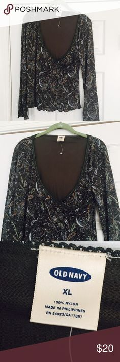 Women's pretty paisley shirt in X-LG, Old Navy Women's pretty paisley top in X-LG from Old Navy, not worn Old Navy Tops Tees - Long Sleeve