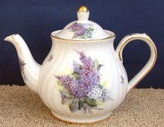 Lilac Bouquet Tall Teapot