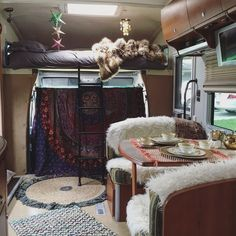 2007 Itasca Navion Motorhome Styled With Bohemian Accessories