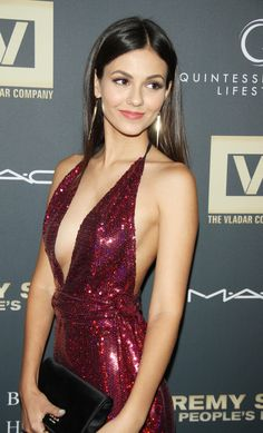 """Victoria justice """"Smile,you can hold Beautiful Celebrities, Beautiful Actresses, Gorgeous Women, Vicky Justice, Photo Glamour, Femmes Les Plus Sexy, Belle Photo, Sexy Dresses, Ideias Fashion"""