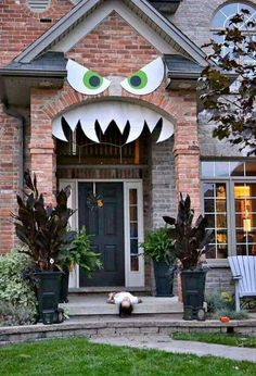 Scary face for the front porch. Halloween decorations.