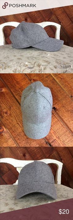 New Era Melton Classic Women's 9Forty Cap in Grey Flannel grey domed crown, eyelet vents, New Era logo embroidered to side. Fully adjustable. Brand new and never worn. New Era Accessories Hats