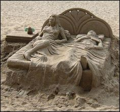 sand sculpture... BEACH THIS YEAR!