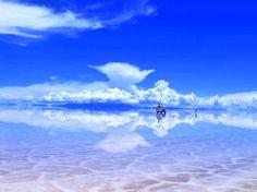 Salar de Uyunin suola-aavikko sateen jälkeen