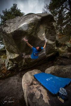 Carlos Traversi on G on The Big Island in Fountainebleau, France