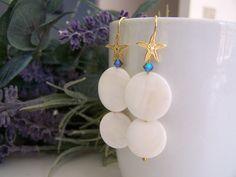 earrings handmade with silver 925 gold plated, nacre and real swarovski.orecchini. di SPISIDDI su Etsy
