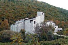 Abbey of S. Emiliano and S. Bartolomeo in Congiuntoli - loc. Perticano - Scheggia e Pascelupo - Umbria - Italy - photo by Laura Pavoni