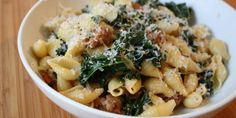 Pasta with kale and turkey sausage! Enjoy your pasta with this recipe that's packed with turkey sausage and veggies! Kale Recipes, Turkey Recipes, Pasta Recipes, New Recipes, Dinner Recipes, Cooking Recipes, Healthy Recipes, Recipies, Recipe Pasta