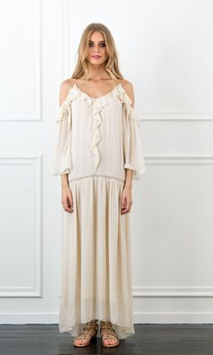 If I was 6 inches taller I would LIVE in this all Summer! | Rachel Zoe Dalia Off The Shoulder Bohemian Maxi Dress