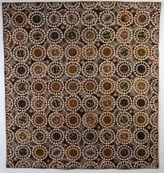 Chintz Sunflower Quilt: Circa Massachusetts Can you imagine how long it took to hand piece this beauty? Old Quilts, Antique Quilts, Scrappy Quilts, Vintage Quilts, Circle Quilts, Quilt Blocks, Sunflower Quilts, Civil War Quilts, Quilts For Sale
