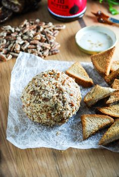 This Smoked Paprika and Cheddar Vegan Cheese Ball requires less than 10 minutes of hands on prep work and is perfect for holiday parties! Vegan Appetizers, Vegan Snacks, Healthy Snacks, Vegan Recipes, Cooking Recipes, Vegan Desserts, Vegan Cheese Ball Recipe, Cheese Ball Recipes, Vegan Party Food