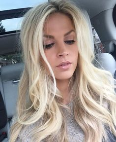 Discover these natural makeup for blondes Tip# 3893 Blonde Hair Dark Eyes, Blonde Hair Makeup, Balayage Hair Blonde, Ash Blonde, Natural Makeup For Blondes, Natural Makeup Looks, Winter Beauty Tips, Hair Skin Nails, Cool Hair Color