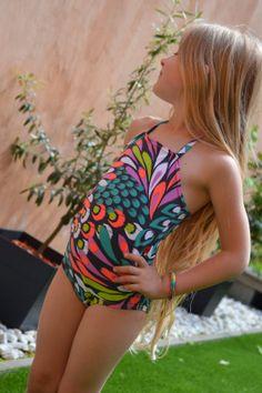 Tien Van A tot Zetje Naaien Kids Swimwear, Swimsuits, Bikinis, Little Girl Fashion, Teen Fashion, Bikini Underwear, Gymnastics Leotards, Child Models, Cute Girls