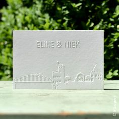 Trouwkaart Niek en Eline – Letterpers.nl Place Cards, Place Card Holders, Om, Projects, Studio, Blue Prints, Study, Studying, Tile Projects