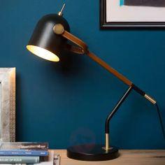 Schreibtischleuchte Waylon im Retrodesign von Lucide Point D'exclamation, Interior Dorado, Desk Lamp, Table Lamp, Exclamation Mark, Led Röhren, Retro Design, Industrial Design, Light Bulb
