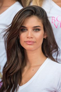 Model Sara Sampaio attend the Body By Victoria's Secret Campaign Launch at Milit. - Model Sara Sampaio attend the Body By Victoria's Secret Campaign Launch at Military Island, Times Square on July 2015 in New York City. Sara Sampaio, Bronde Hair, Balayage Hair, Haircolor, Light Brown Hair, Dark Hair, Light Chocolate Brown Hair, Victoria Secret Hair, Brown Hair Colors