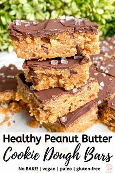 Healthy Peanut Butter Cookie Dough Bars (no-bake + paleo + vegan + gluten-free) - You are going to love this easy no bake peanut butter cookie dough bars recipe! Clean Eating Desserts, Köstliche Desserts, Gluten Free Desserts, Vegan Sweets, Healthy Sweets, Healthy Baking, Healthy Sweet Treats, Healthy Peanut Butter Cookies, Healthy Cookie Dough
