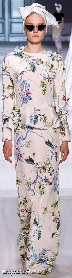 Giambattista Valli Haute Couture Fall Winter 2014-15.