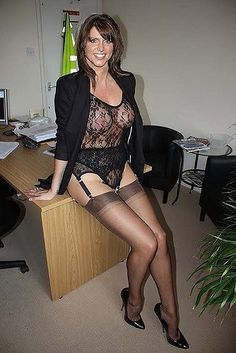 https://flic.kr/p/K284ae | My blog of  horny looking milfs and gilfs that I would certainly fuck every last one of these hotties