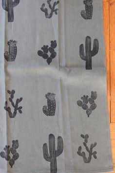 Cactus Linen Tea Towel Forest Green van floryluna op Etsy