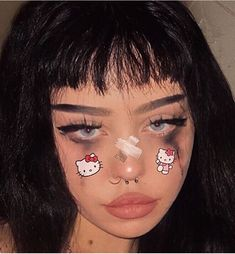 937 imagens sobre egirl/ grunge girl no We Heart It Edgy Makeup, Grunge Makeup, Makeup Inspo, Makeup Art, Makeup Inspiration, Beauty Makeup, Hair Makeup, Pastel Goth Makeup, Soft Makeup