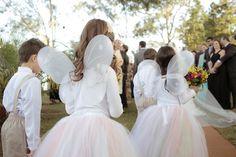 Daminhas como Fadinhas. Vestida de Noiva | Blog de Casamento por Fernanda Floret