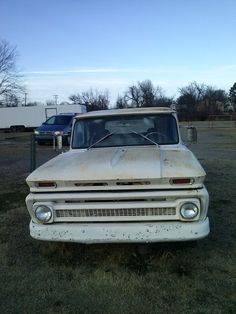 Chevy pickup needing a good home. For sale in Fort Smith Arkansas. Chevy Pickups, Chevy Trucks, Pickup Trucks, Fort Smith Arkansas, Oklahoma, Chevrolet, Wheels, Travel, Viajes