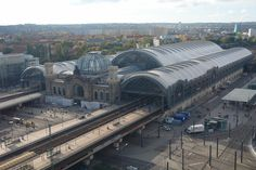 Sir Norman Foster - Dresden Hauptbahnhof roof and cupola