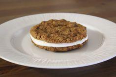 Life {Made} Simple: Homemade Oatmeal Cream Pies