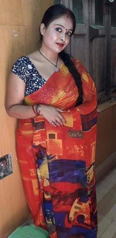Beauty Full Girl, Cute Beauty, Beauty Women, Beautiful Women Over 40, Beautiful Girl Image, Dehati Girl Photo, Beautiful Blonde Girl, Indian Beauty Saree, Indian Sarees
