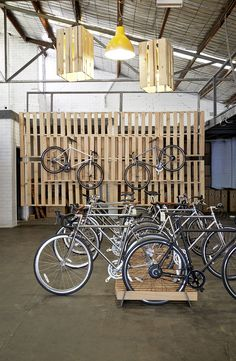 An Englishman in Australia reaps the rewards for award-winning bike design. Bicycle Cafe, Bicycle Store, Bike Storage Office, Velo Shop, Boutique Velo, Range Velo, Non Plus Ultra, Bike Parking, Bicycle Maintenance